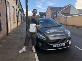 1.10.19 - Congratulations to Darren on passing his test with Glenn in Merthyr today... lovely result 🚗🚦😁