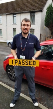21/1/19 - What an absolutely outstanding result for Dave who passed his automatic driving test today 1st time in Merthyr. All that hard work and guts really paid off!!!! Drive safe and I can´t wait to see what car you get!!! 🚗🚦