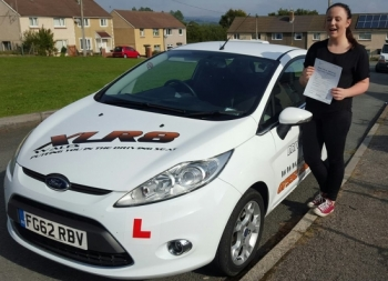 29915 - Highly recommend XLR8 Ali was amazing in getting me through my test Made me feel at ease and I passed first time<br />